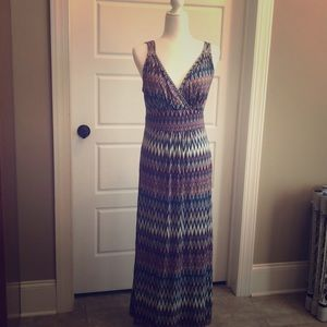 Loveapella maxi dress